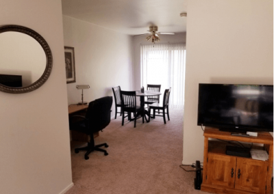 furnished-diningroom